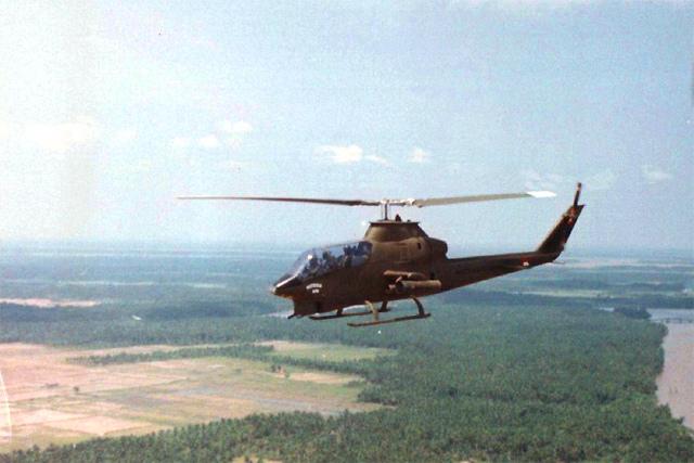 US Army AH-1G in Vietnam 1968
