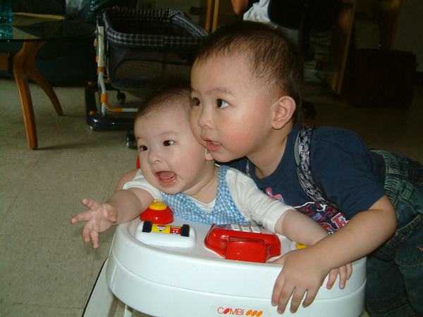2005-11-妹妹未滿月01