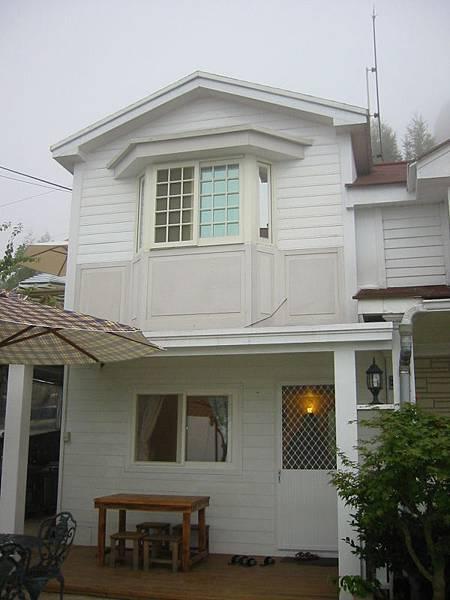 我們住的高級小木屋!