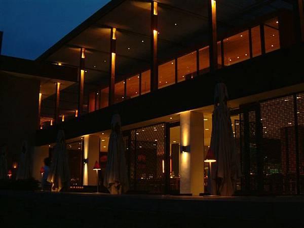 涵碧樓餐廳夜景