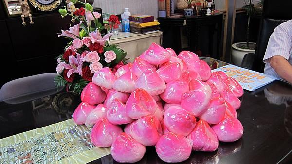 80顆壽桃紅吱吱好搶眼