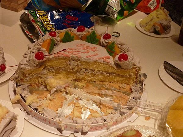 紅葉蛋糕鮮奶油超好吃的!