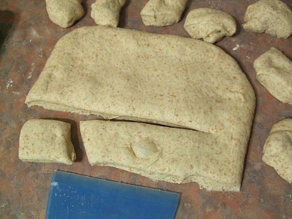 葡萄種天然酵母-全麥小麵包03