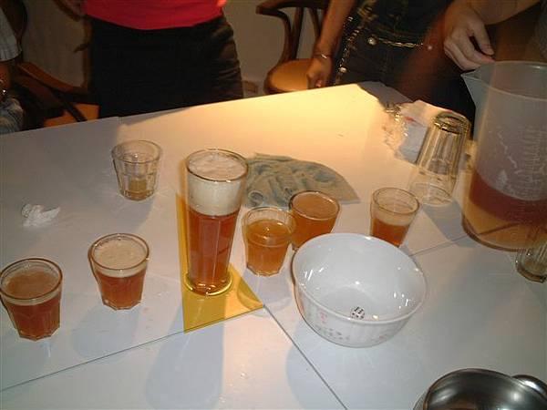 集三小杯換一大杯