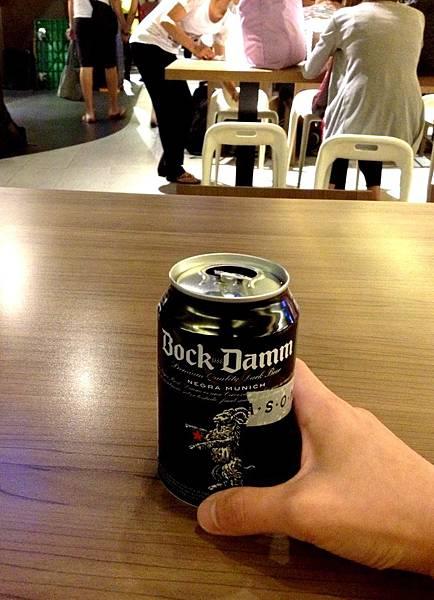 西班牙金星罐裝黑啤酒 Estrella Damm Beer Bock Beer alc.5.4%
