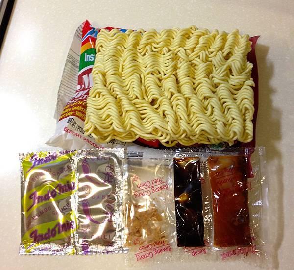 沙嗲炒麵 內容物