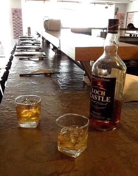 八百年沒喝威士忌了我