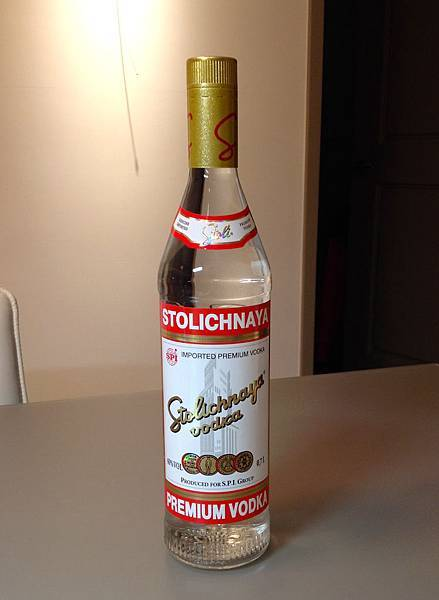 蘇托力伏特加(紅牌) alc.40%  產地:拉脫維亞