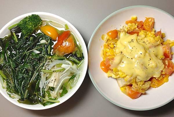 兩個碗01 青菜湯/起司番茄蛋-鮪魚玉米