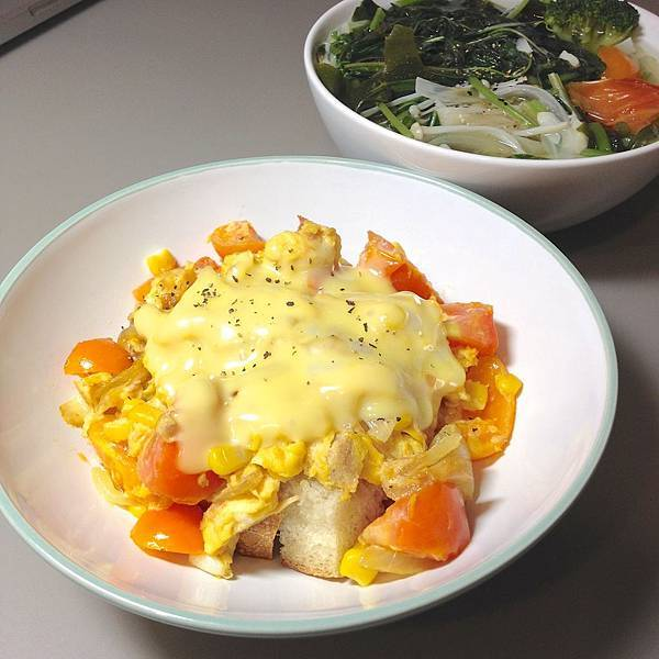 起司番茄蛋-鮪魚玉米 01