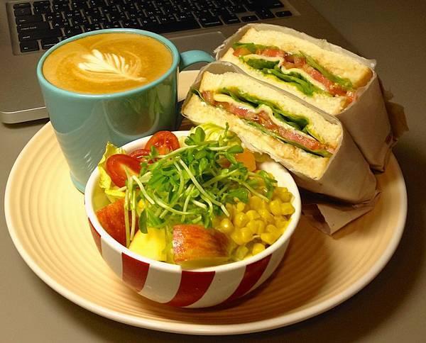 冷三明治(鮪魚)早餐