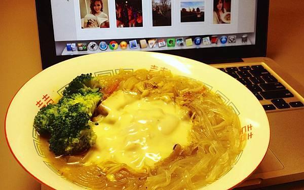 蔬菜咖哩寬粉+起司