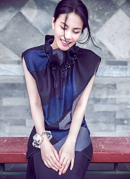Faye Wong by Chen Man for Elle China October 2014_05