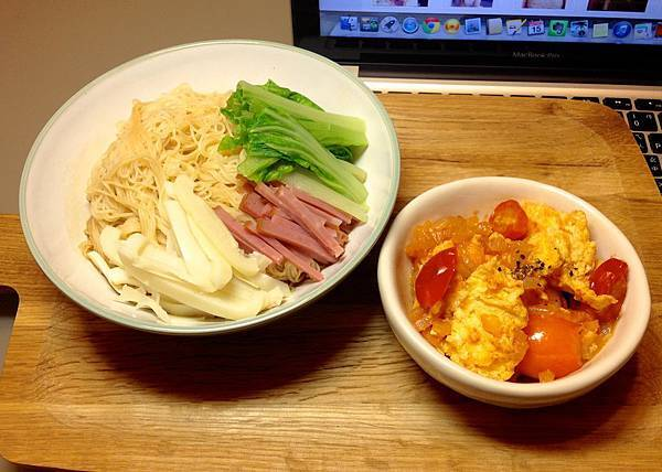 番茄炒蛋、壽麵