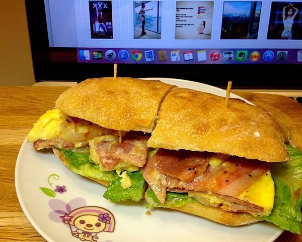培根蛋三明治(自製麵包)