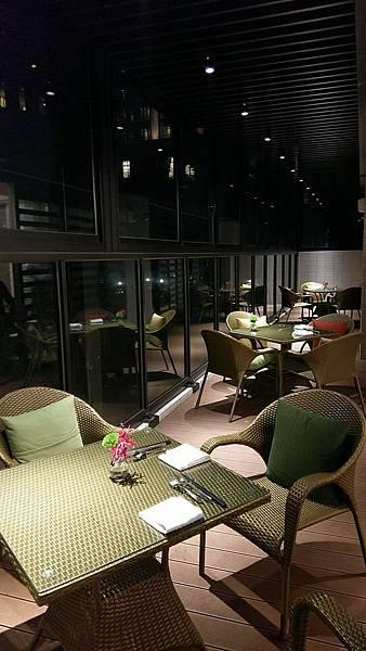 餐廳空間02.jpg