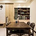 餐桌2.jpg