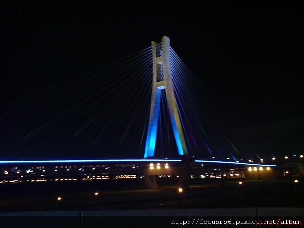 還未通車的漂亮橋橋(北縣之光)