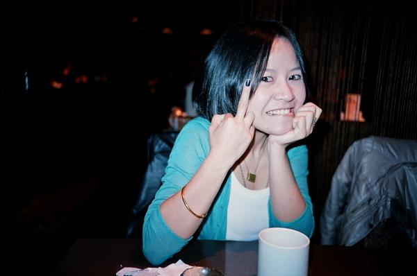 另一台相機拍起來很老的吳小姐,這台拍起來好多了!
