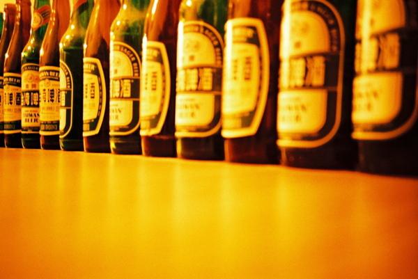即將回收的酒瓶們,我愛你們!!