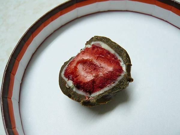 六花亭草莓巧克力(milk)3.jpg