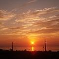 夏日門前的日出