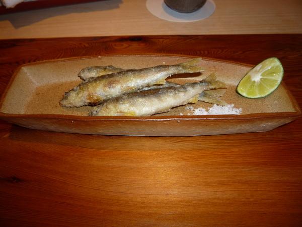 前菜:酥炸baby香魚
