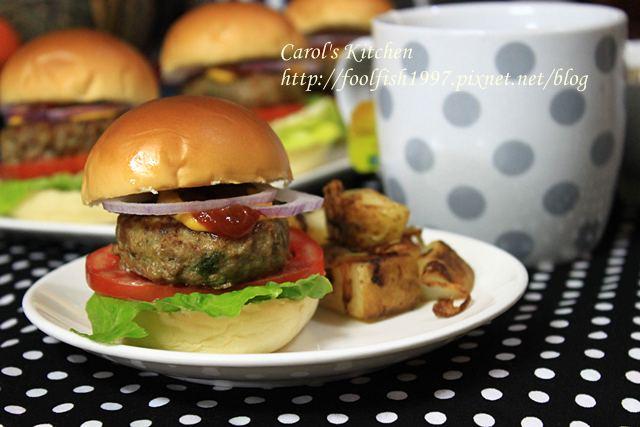 起司牛肉漢堡 07.JPG