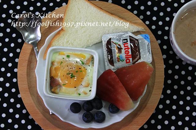 焗烤菇菇香腸蛋盅IMG_1339