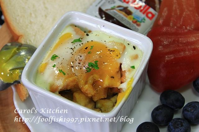 焗烤菇菇香腸蛋盅IMG_1355