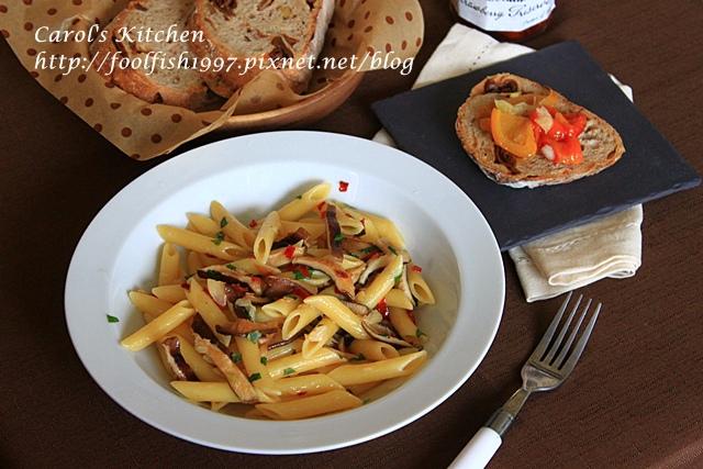 橄欖油清炒辣味野菇義大利麵IMG_4572