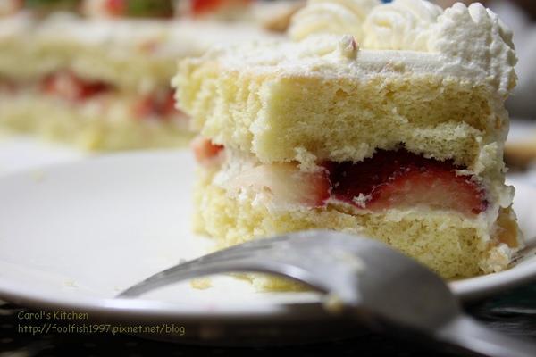 草莓奶油蛋糕 04.jpg