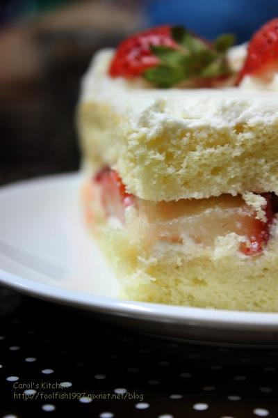 草莓奶油蛋糕 05.jpg