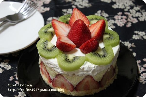 草莓芙蓮蛋糕 01.JPG