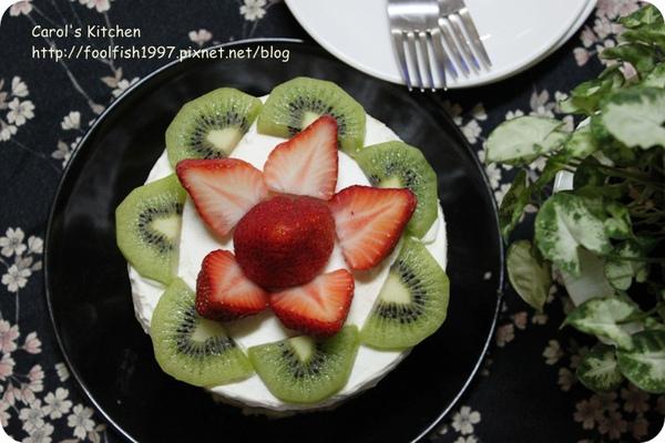 草莓芙蓮蛋糕 02.JPG