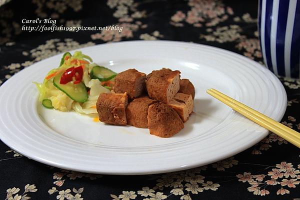 臭豆腐+台式泡菜 01.JPG