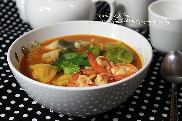 泰式雙色麵疙瘩酸辣湯 07.JPG