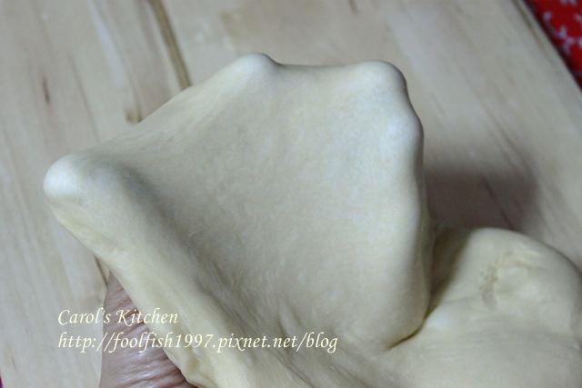 焗烤菠蘿叉燒包 07.JPG