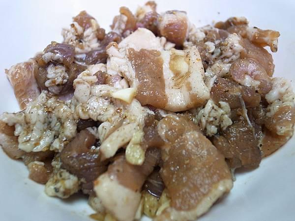 1-1醃鹹豬肉片.JPG