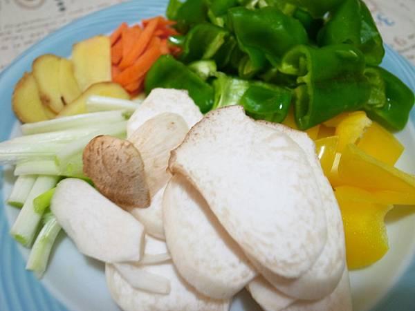 5.蔬菜配料.JPG