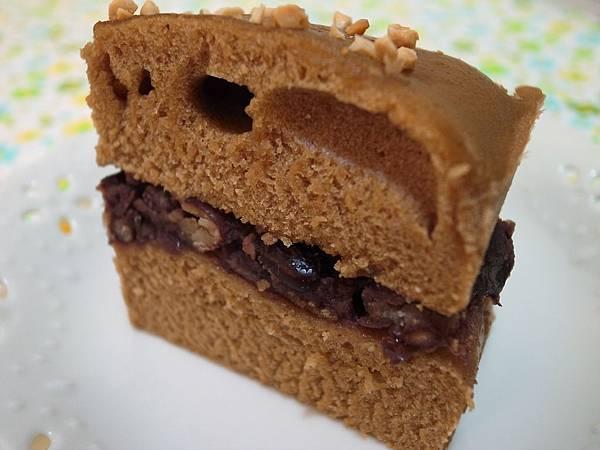 1.紅豆黑糖糕切塊.JPG