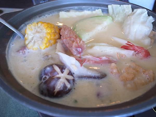4.起司海鮮湯.jpg
