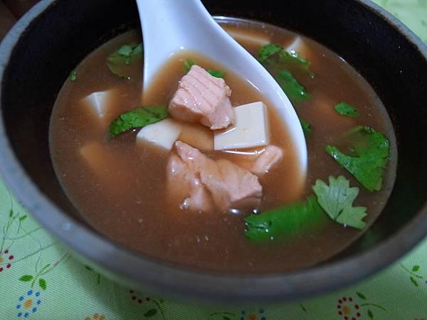9.鮭魚味噌湯.jpg