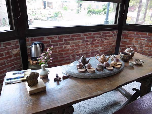 1-4陶製茶具.jpg