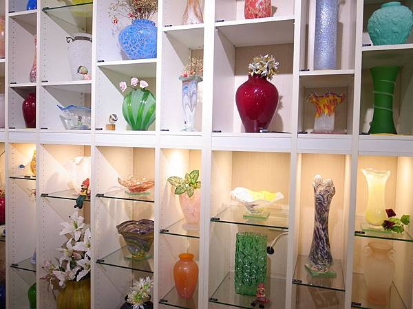 2-1國泰玻璃的花瓶系列.jpg