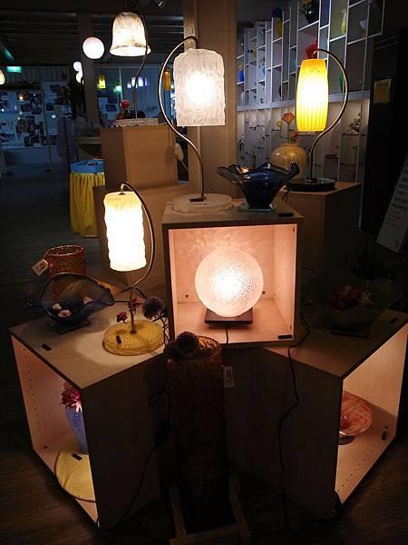 2-4玻璃燈具.jpg