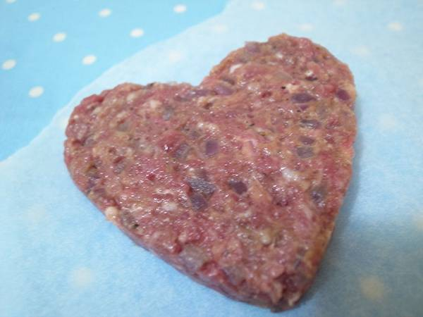 4.心型漢堡肉.jpg