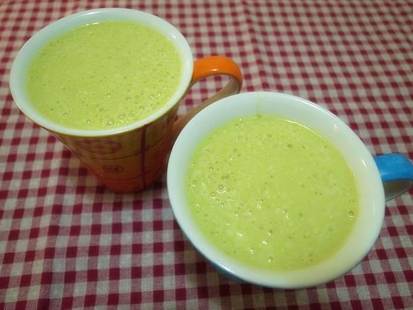 13.酪梨布丁牛奶.jpg