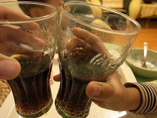 7.以可樂乾杯~.jpg