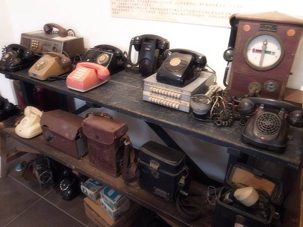 9.復古電話機